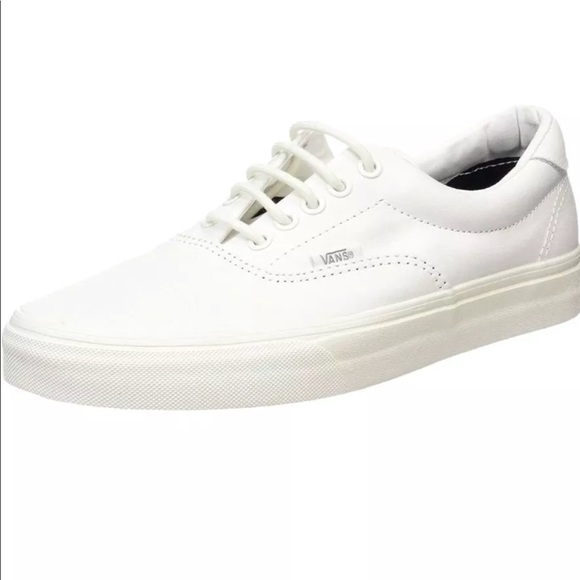 e722c5d142 Vans Authentic True White Skate Lace Up Shoes Sz 8.  M 5b3ca6dc534ef9622ad33bd0